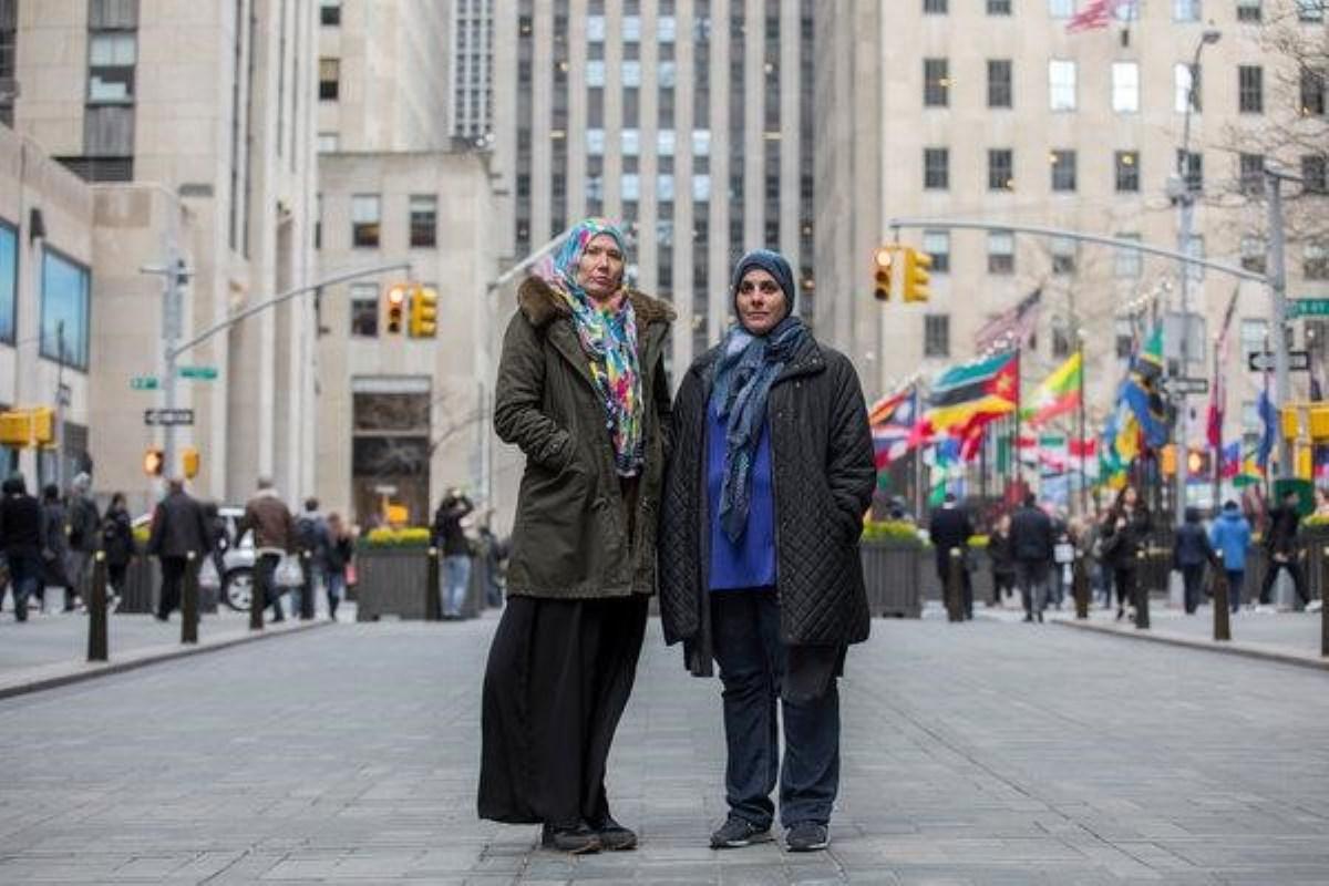 کشف حجاب اجباری در آمریکا