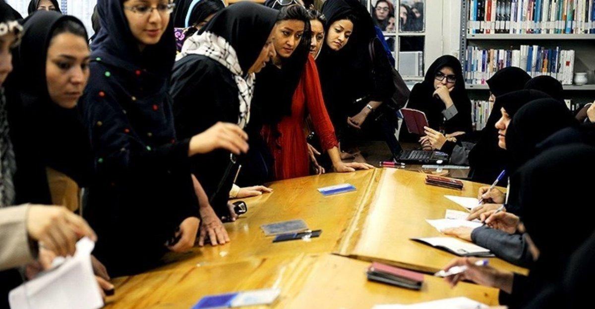 تقوا، محور حیات سیاسی انقلاب اسلامی