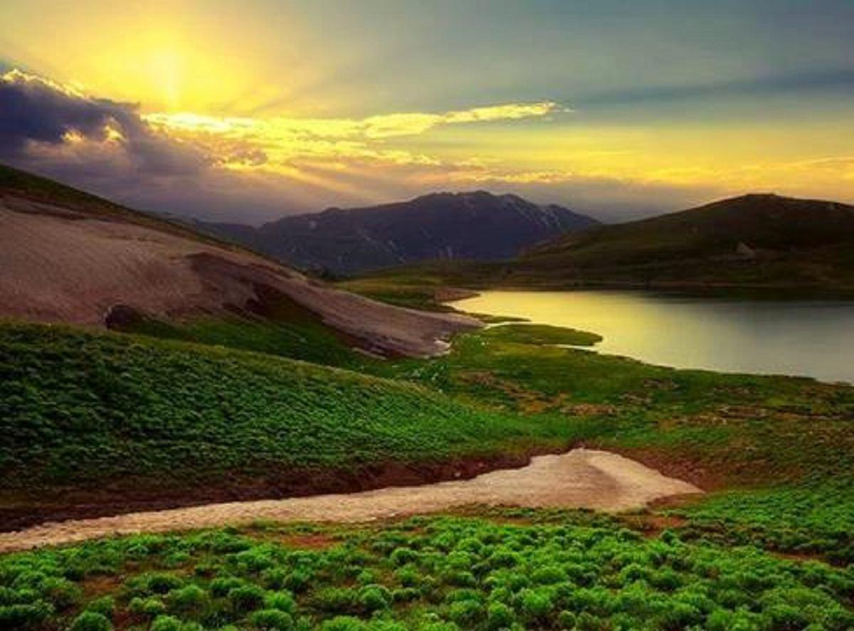 دالامپر دریاچه ای که مجذوب زیبایی هایش میشوید