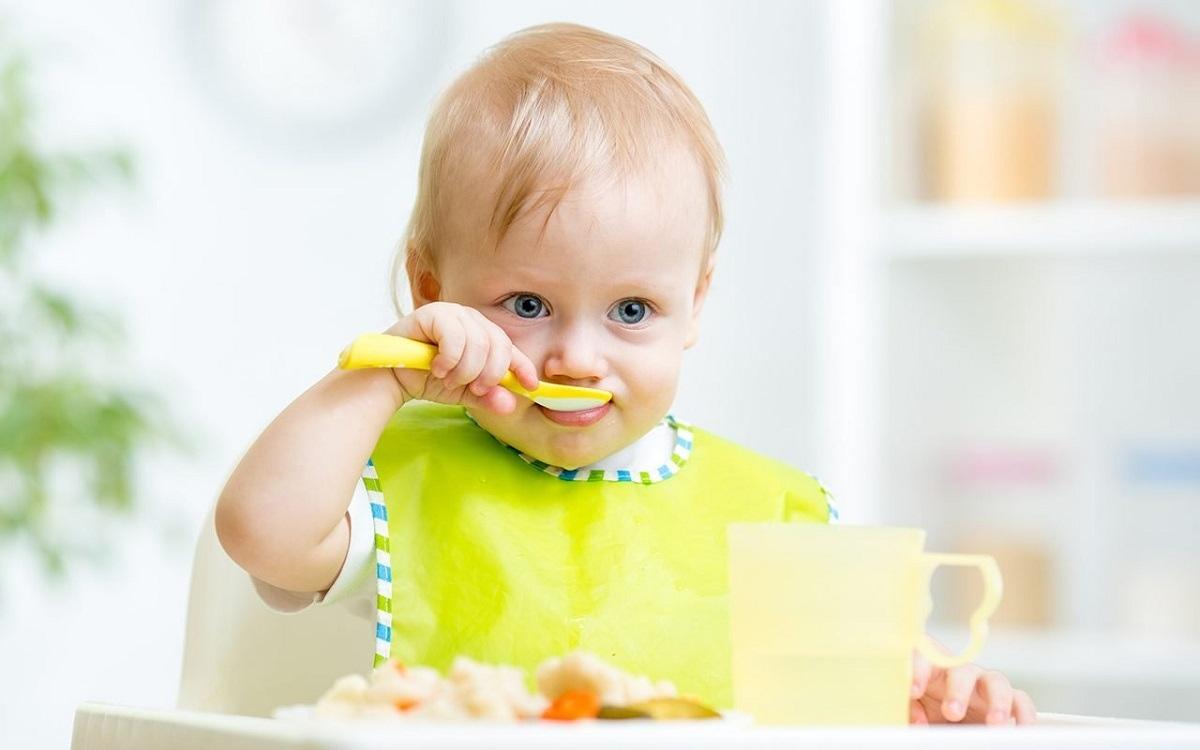 نحوه ایجاد عادات غذایی سالم در خود و فرزندتان