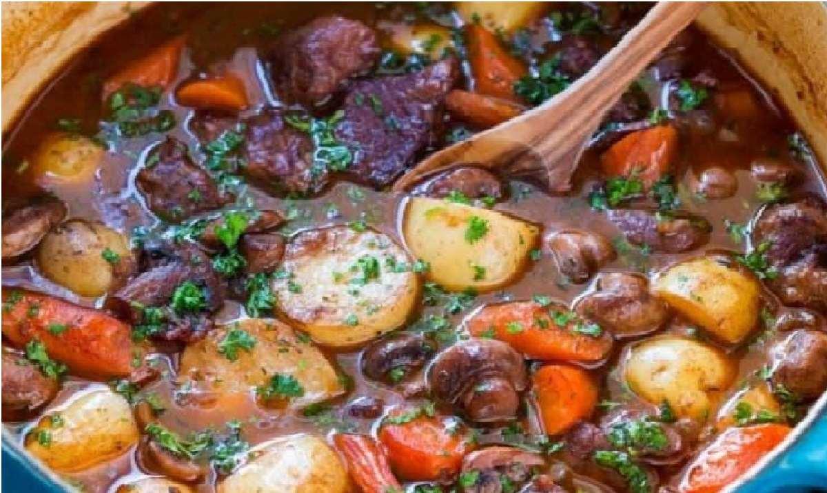 دستور پخت  سبزیجات مدیترانه ای با گوشت بره