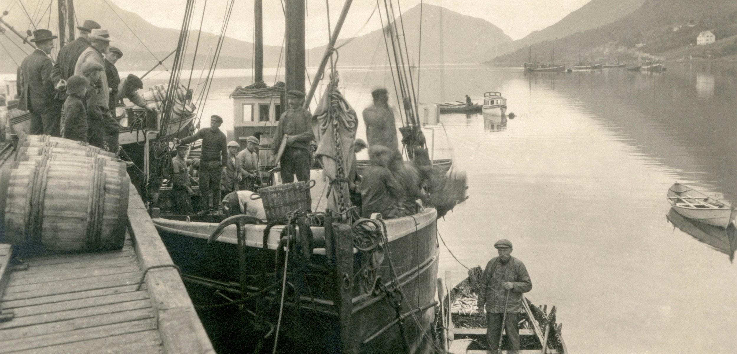 تاریخچه ماهی گیری