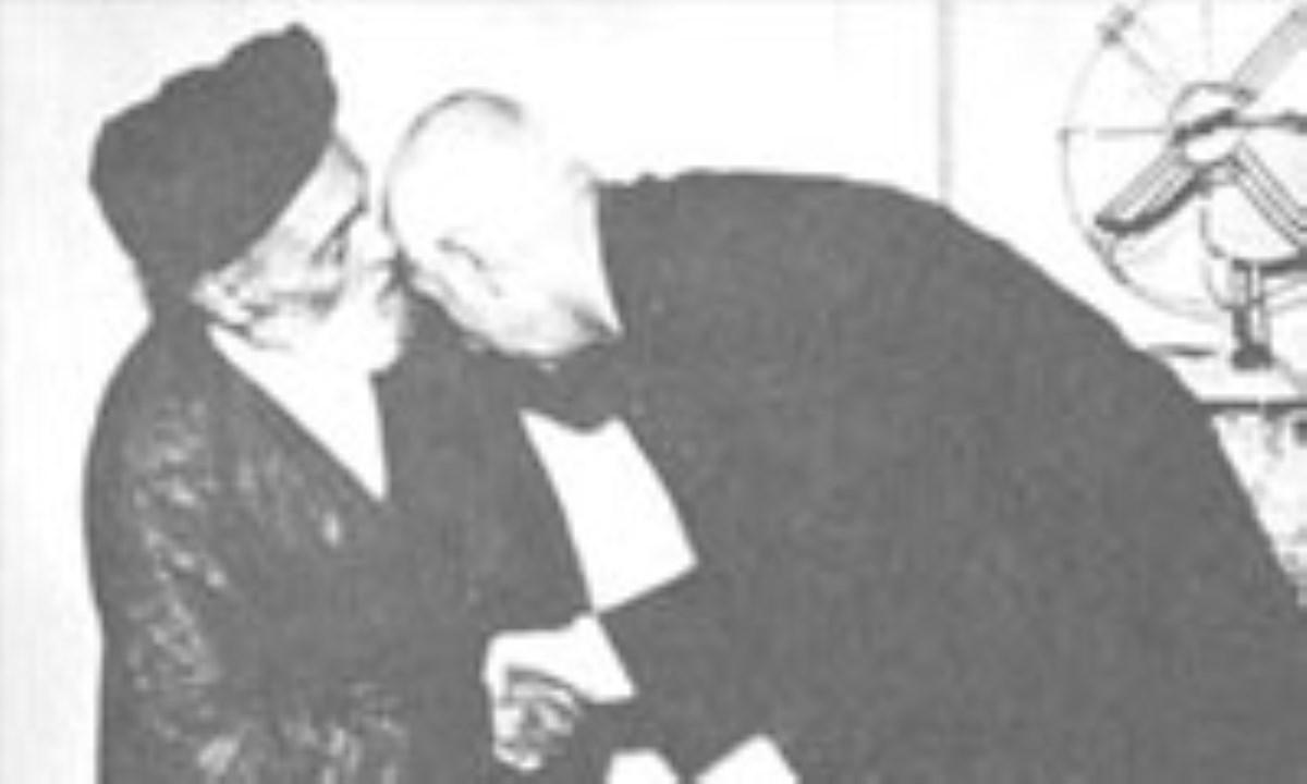 سيري در مناسبات سياسي آيت الله كاشاني و دكتر مصدق