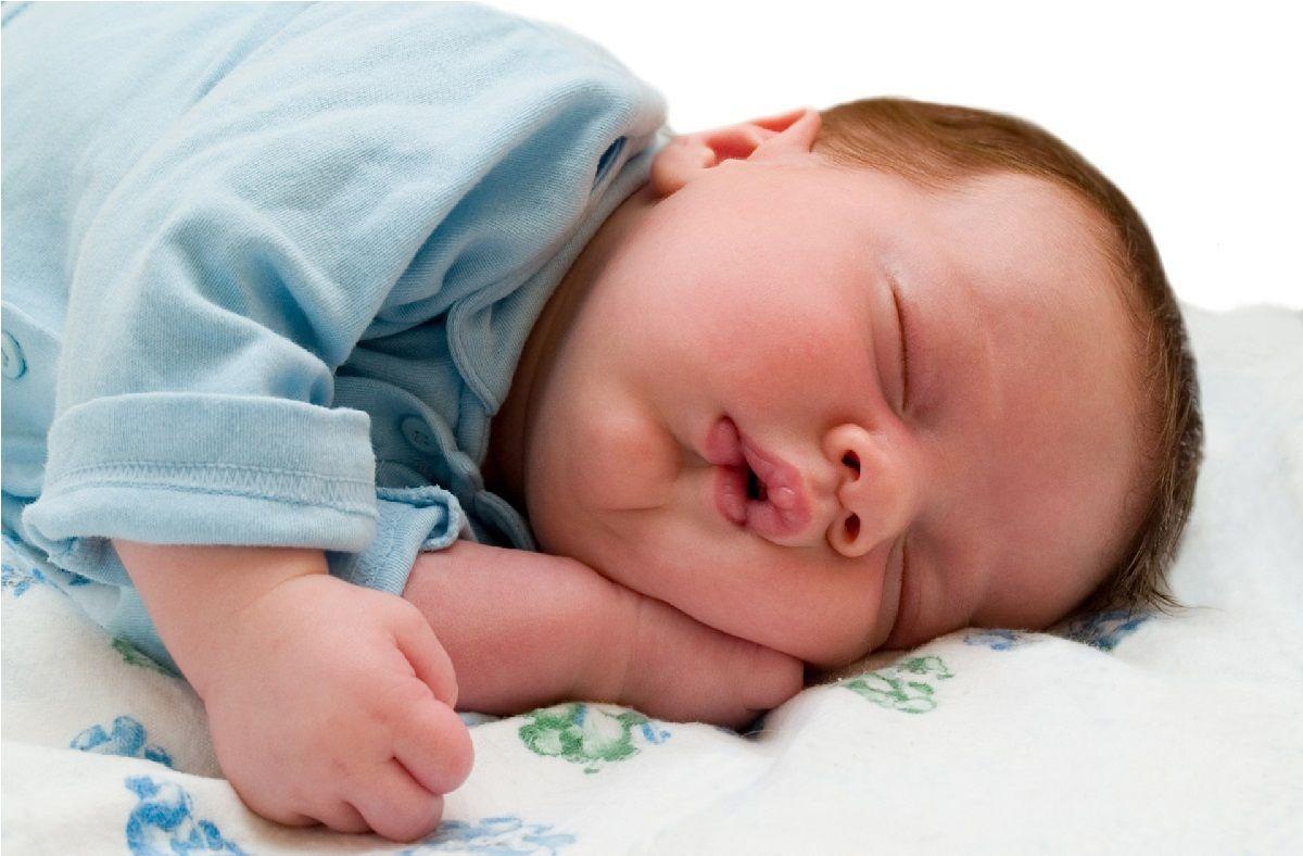 اطلاعاتی راجع به رشد و نمو نوزاد سه ماهه