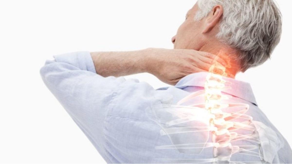 دلیل و درمان درد گرفتگی گردن