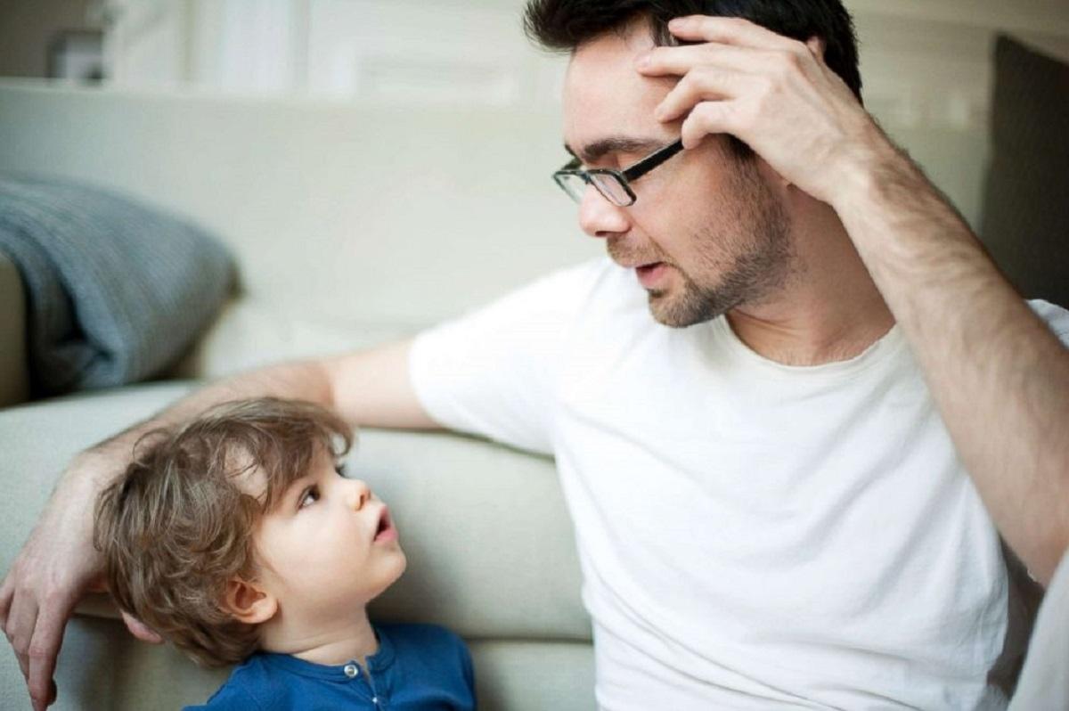 چگونه صحبت کردن با نوزاد به او در یادگیری زبان کمک می کند