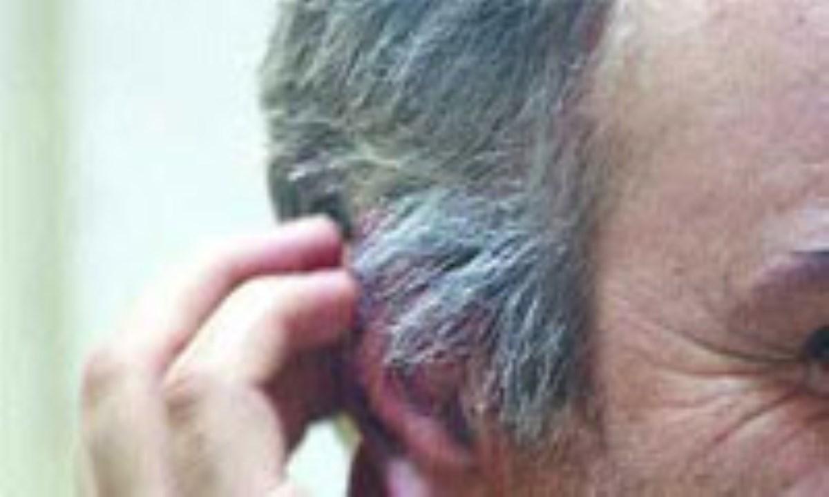 چند راه براي پوشاندن موهاي سفيد