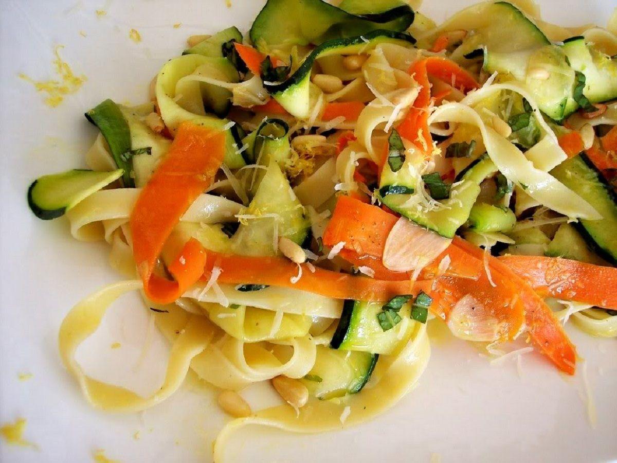 طرز تهیه انواع غذای رژیمی با کدو سبز