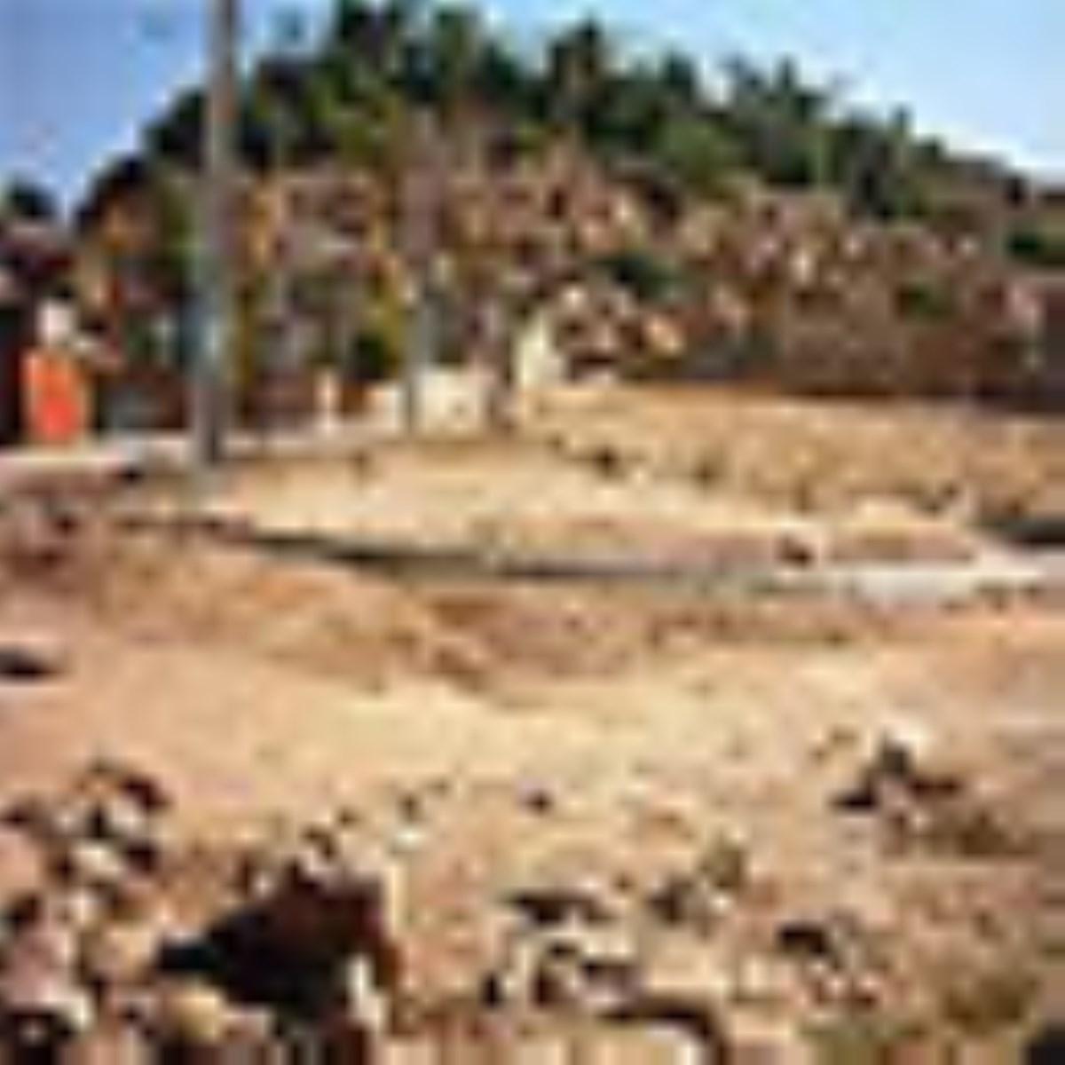 روستای پلکانی، با سنتها و پوششهای قدیمی