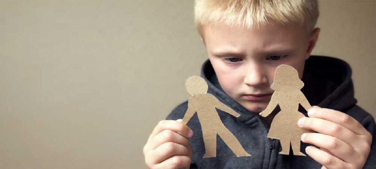 چگونه به فرزندمان کمک کنیم تا با جدایی والدینش کنار بیاید