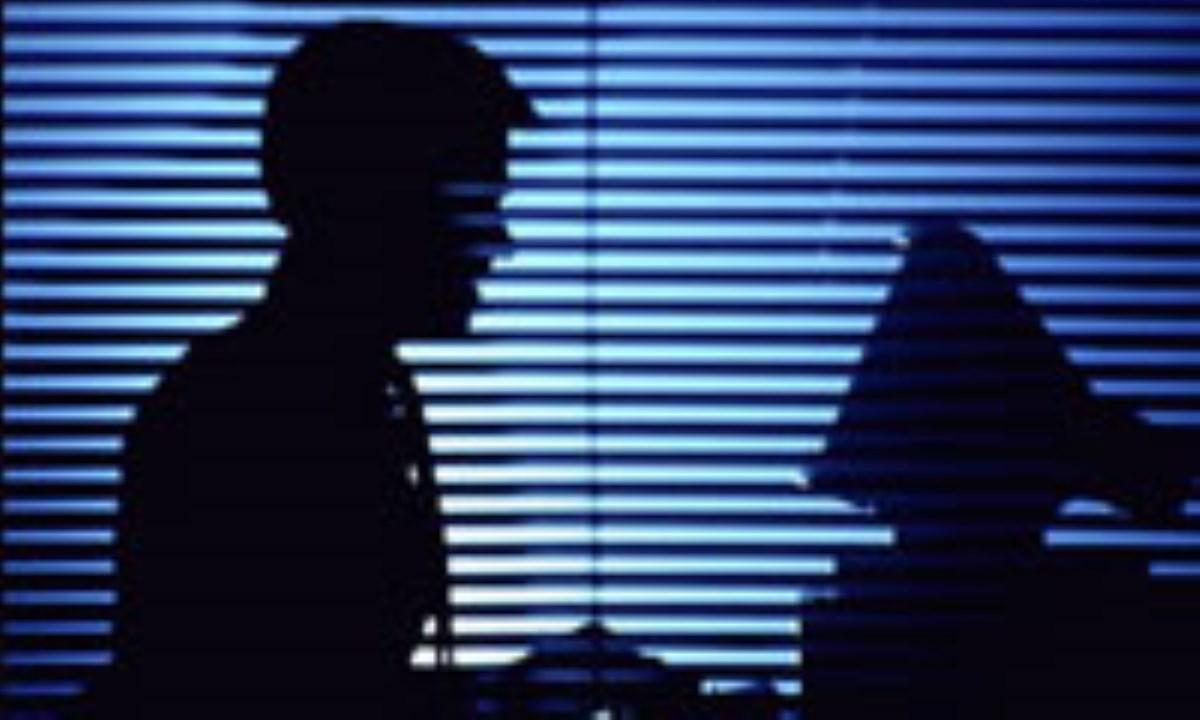 سایتهای غیراخلاقی تهدیدی برای بنیان خانواده