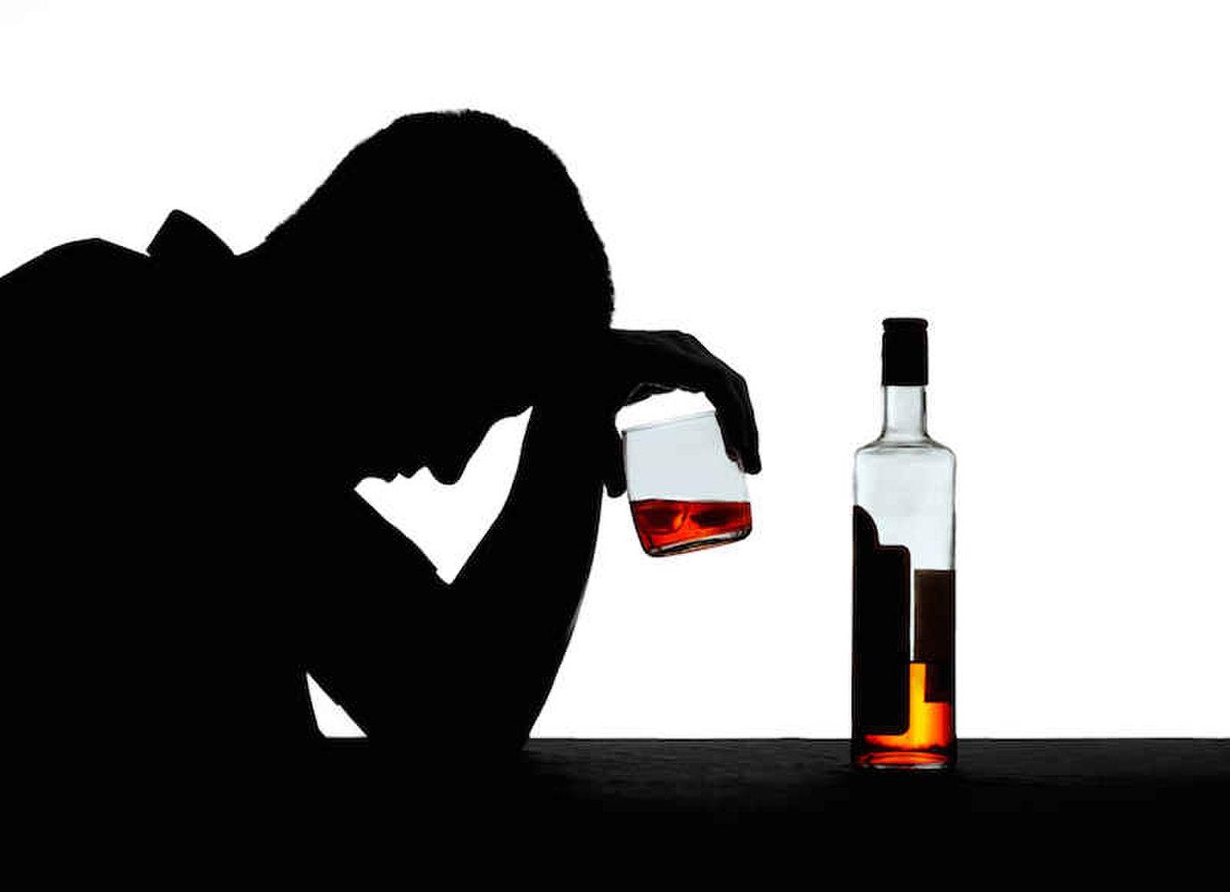 آیا مصرف مقدار اندک الکل هم ضرر دارد؟