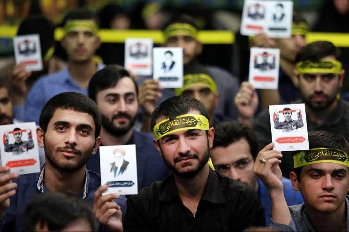 جوان ایرانی خاکریزیست که باید آرزوی ائتلاف ضدبشری را نقش بر آب کند