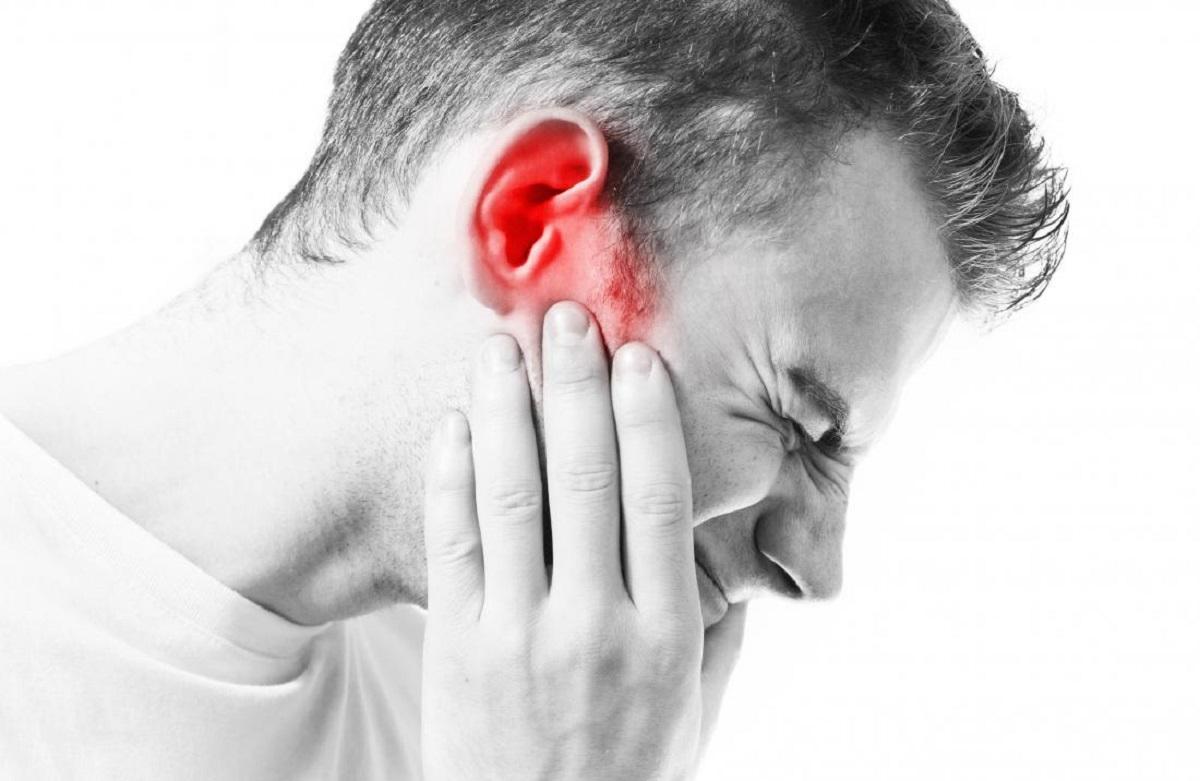 آنچه لازم است درباره گوش درد و علائم و درمان آن بدانید