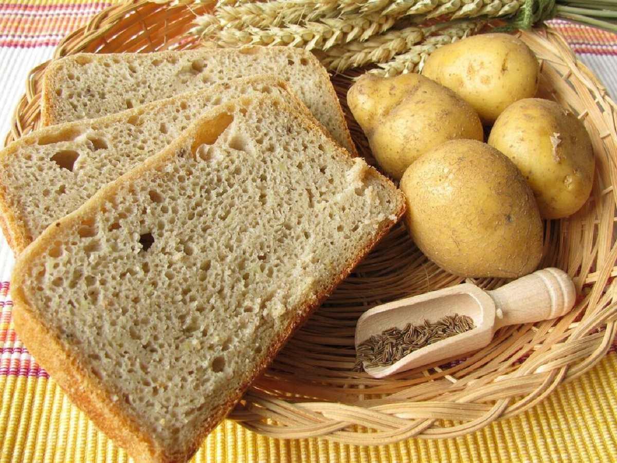دستور پخت انواع نان سیب زمینی