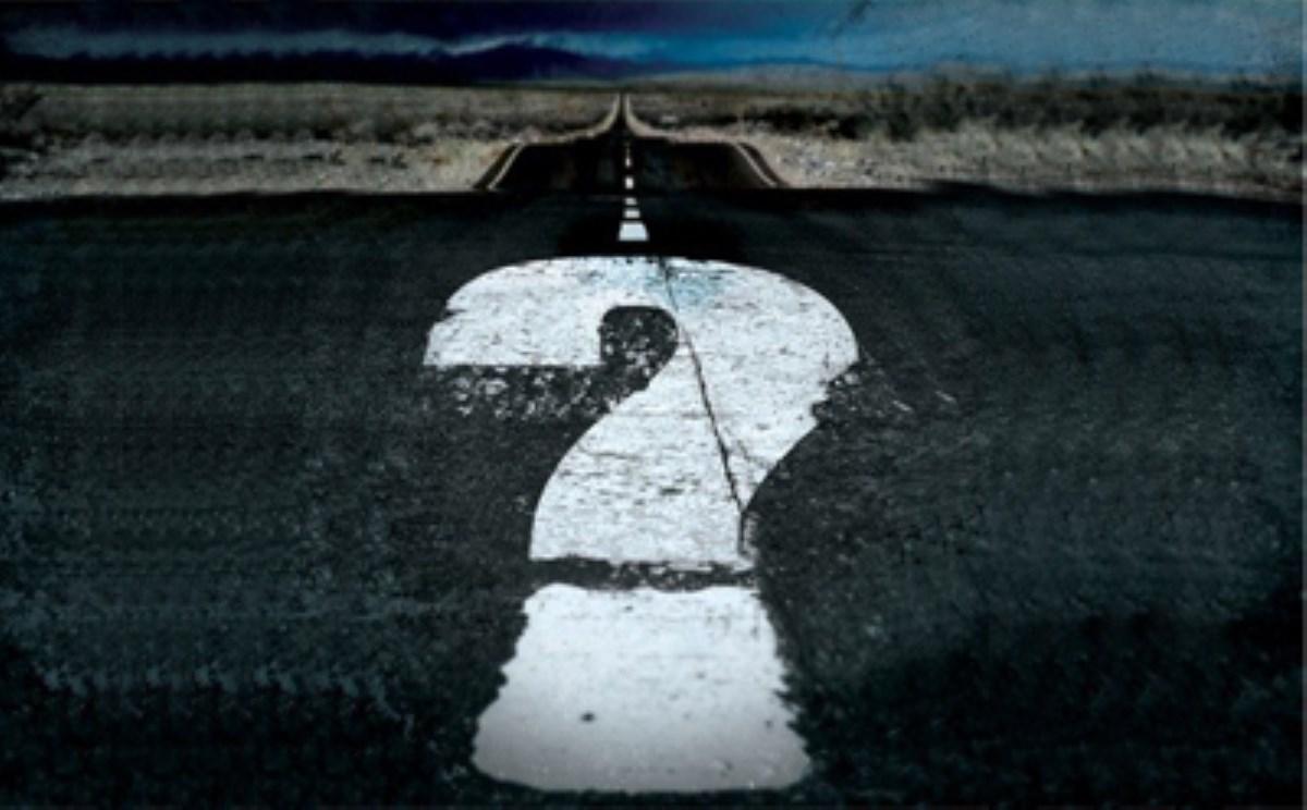10 دلیلی که افراد در زندگیشان احساس ازخودبیگانگی میکنند