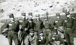 عده زیادی از افسران بازنشسته و اخراجی از ارتش وفاداری خود را نسبت به امام خمینی ابراز داشتند(1357ش)