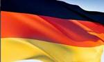 اسکارفیشر وزیر امورخارجه جمهوری دموکراتیک آلمان وارد تهران شد تا پیام رئیس شورای دولتی را به شاه تسلیم کند(1357ش)