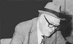 پروفسور آرتور ایهام پوپ محقق و ایرانشناس معروف امریکائی در سن 87 سالگی در شیراز درگذشت طبق وصیت او جسد را در کنار پل خواجو در اصفهان دفن کردند. (1348 ش)