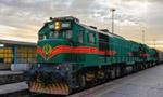 اولين قطار مسافربري بين تهران و مشهد وارد مشهد شد طول اين راه 926 کيلومتر است. (1335 ش)