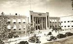 در انبار بانک کارگشايي تهران واقع در خيابان فردوسي حريق دهشي رخ داد که منجر به سوختن سه هزار تخته قالي امانتي مردم گرديد.(1341 ش)