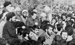 امام خمینی پس از سخنان خود در فرودگاه در میان استقبال چند میلیونی مردم که در سرتاسر مسیر فرودگاه تا بهشت زهرا گردآمده بودند. وارد بهشت زهرا شدند(1357ش)