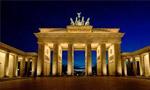 برلین پايتخت آلمان سقوط و به دست سربازان متفقين افتاد. (1324 ش)