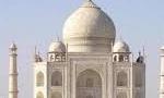 33 نفر از دانشجویان هندی به جرم برپایی تظاهرات علیه محمدرضا پهلوی در مقابل سفارت ایران دردهلی نو و کنسولگری ایران در بمبئی توسط پلیس هند دستگیر شدند.(1356ش)