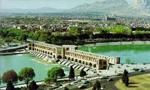 از ساعت 10/30 الی 12، مراسم بزرگداشتی در اصفهان به مناسبت اربعین شهدای شهرهای ایران با حضور جمعی حدود700 نفر در مسجد نو بازار برگزار شد. در پایان ضمن برپایی تظاهرات، عده ای دستگیر شدند.(1357ش)