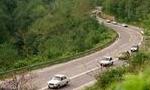 در جاده هزار در اثر تصادف یک سواری و یک کامیون یازده نفر سرنشینان سواری کشته شدند(1351ش)
