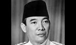 ژنرال سوهارنور رئیس جمهوری اندونزی و همسرش  برای یک دیدار پنج روزه وارد تهران شدند(1354ش)