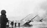 جنگ بزرگ مصر و سوریه با اسرائیل با یورش همزمان نیروهای مصر و سوریه از دو سوی کانال سوئز و بلندیهای جولان آغاز شد(1352ش)