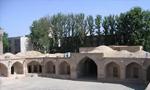 به مناسبت عید قربان عده کثیری از اعضای جبهه ملی در یکی از باغهای کاروانسرا سنگی واقع بین کرج و تهران اجتماع پرشوری تشکیل دادند.(1356ش)