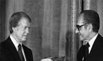 جیمی کارتر پس از هفده ساعت اقامت در تهران و گفتگو با محمدرضا پهلوی، ایران را ترک کرد و راهی هند شد.(1356ش)