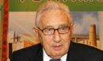 وزیر خارجه ایران به نطق تهدیدآمیز کیسینجر وزیر خارجه امریکا نسبت به افزایش بهای نفت پاسخ داد و اظهارات او را سفسطه دانست(1353ش)