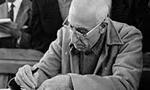 به دستور دكتر مصدق نخست وزير تصويب نامه هاي سال 1325 مبني بر تبديل كارمندان پيماني و حكمي و قراردادي به رسمي لغو گرديد. (1331 ش)