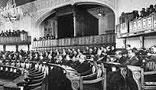 در اثر توافقي كه بين نمايندگان اكثريت و اقليت حاصل شد پس از چند روز جلسه علني مجلس تشكيل گرديد و...(1324 ش)