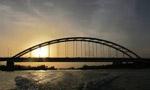 ساختمان پل خرمشهر- آبادان بر روي رود کارون آغاز شد. (1336 ش)