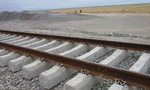 بين ايران و شوروي مقاولهنامه استفاده از راهآهن مرزي دو کشور امضاء شد. (1337 ش)