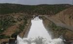 سد کوهرنگ در اصفهان افتتاح شد و بدينوسيله آب کارون از تونلي که 2841 متر طول دارد به طرف زايندهرود سرازير شد. (1332 ش)