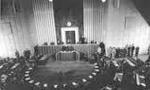 مجلس سنا لایحه بودجه کل کشور را با 45 رأی موافق تصویب کرد(1350ش)