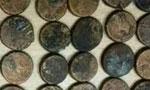 1200 سکه قدیمی مربوط به اشکانیان و ساسانیان در کرمان کشف شد. (1348 ش)