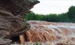 سیل، طوفان در خوزستان، گیلان و آذربایجان شرقی بیداد کرد و خسارات سنگینی به بارآورد(1354ش)
