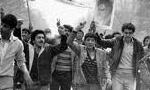 در ساعت 11/30، تظاهراتی از سوی حدود 40 نفر در یکی از خیابان های اصفهان برپا گردید.(1356ش)