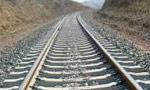 اولين قطار مسافربري از تهران به اهواز حركت كرد و بهره برداري راه آهن سراسري ايران شروع شد.(1318 ش)