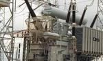 سازمان برنامه سي و هشت مولد و سي و دو ترانسفورماتور و مقداري کابل براي تکميل برق کشور خريداري کرد. (1334 ش)