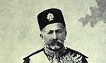 مستوفی الممالک رئیس الوزراء محمدولی خان سپهدار را به سمت وزیر جنگ معرفی کرد. سپهدار قبلاً در دو نوبت مقام رئیس الوزرائی داشت. (1294ش)