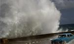 طوفان شهر تهران را به هم ریخت.(1351ش)