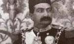 مسعود میرزا ظل السلطان فرزند ارشد ناصرالدینشاه که زمانی بر نیمی از ایران فرمانروائی داشت در اصفهان فوت کرد. (1297ش)