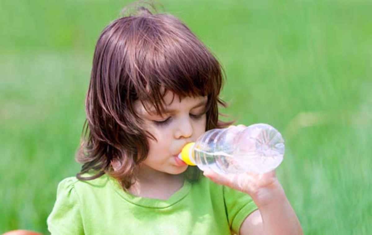 گرمازدگی کودکان در تابستان و درمان آن